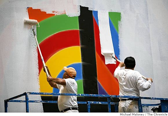 Sol Lewitt removal photo by Michael Maloney San Francisco Chronicle